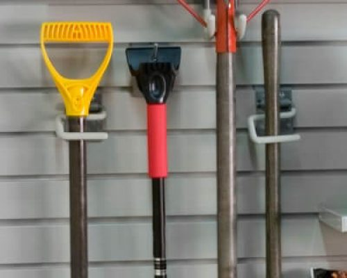 s_hook_winter-supplies-on-wg